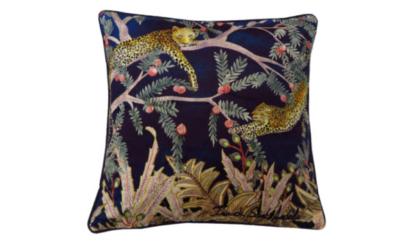 leopard decoration cushion